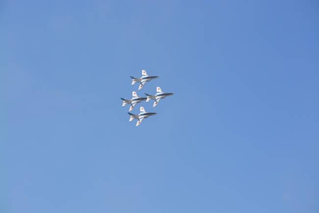 ブルーインパルス飛行02